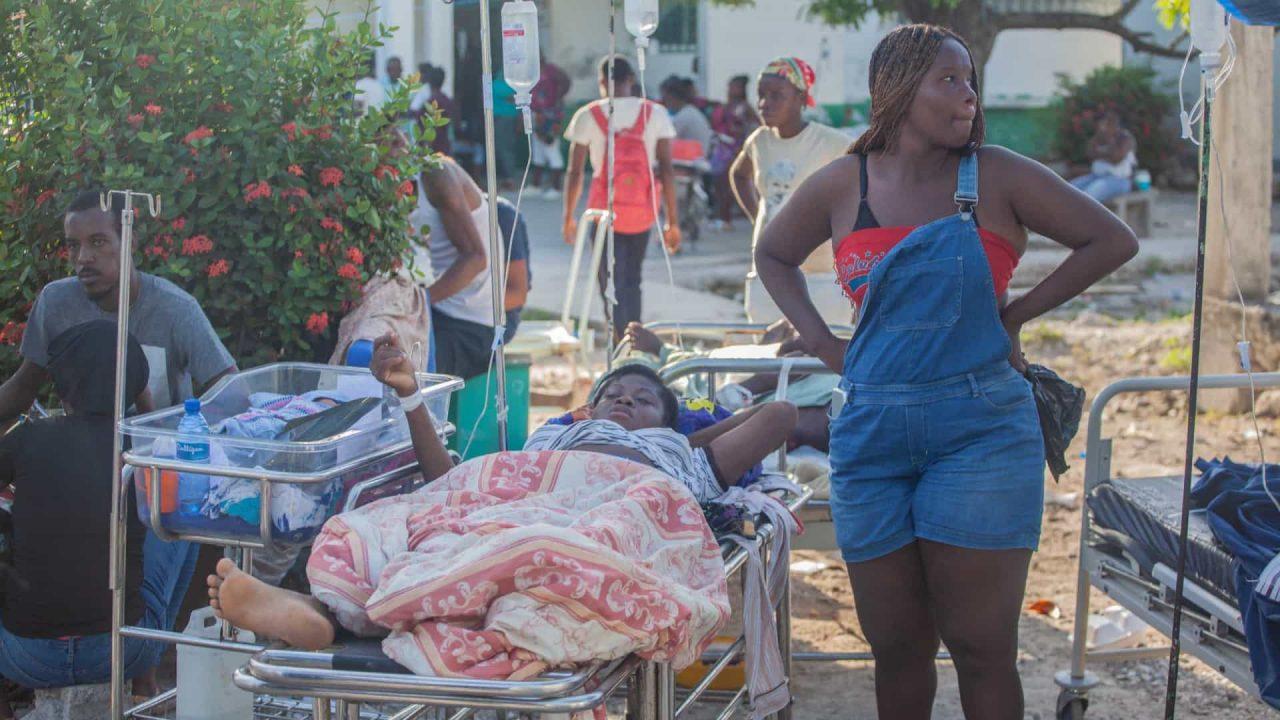 naom 611a2b3b55f21 scaled - Brasil vai enviar remédios e bombeiros ao Haiti para auxílio após terremoto