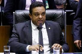 """otoni - """"Não vou recuar um milímetro"""", diz deputado bolsonarista após ser alvo da PF"""