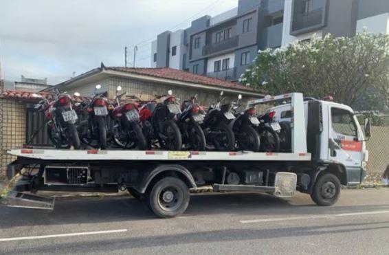 pm 1 - OPERAÇÃO MOTO SEGURA: Polícia Militar apreende motos com cano de escape barulhentos, em João Pessoa