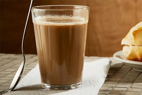 quais sao caracteristicas cafe leite 2 - Após feijão com arroz, café com leite também deve ficar mais caro para o brasileiro