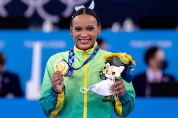 rebeca andrade 360x240 - Rebeca Andrade é escolhida porta-bandeira do Brasil na cerimônia de encerramento das Olimpíadas
