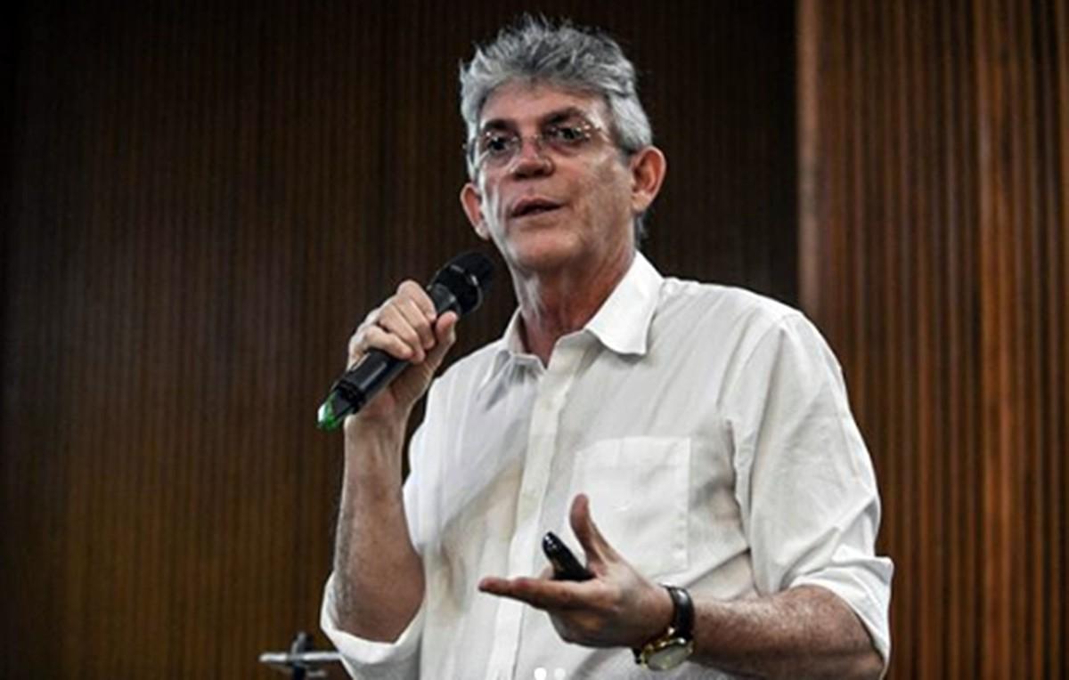 ricardo coutinho psb - PSTU-PB se manifesta sobre a volta de Ricardo Coutinho ao PT: 'Degeneração do partido imposto pela direção'