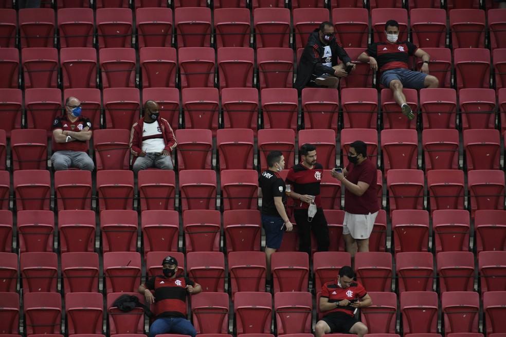 torcida flamengo - CBF diz que irá recorrer de decisão do STJD de liberar público em partidas do Flamengo - LEIA NOTA