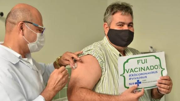 vac 1 - Campina Grande aplica apenas segunda dose de vacina contra a Covid-19, neste domingo (8)