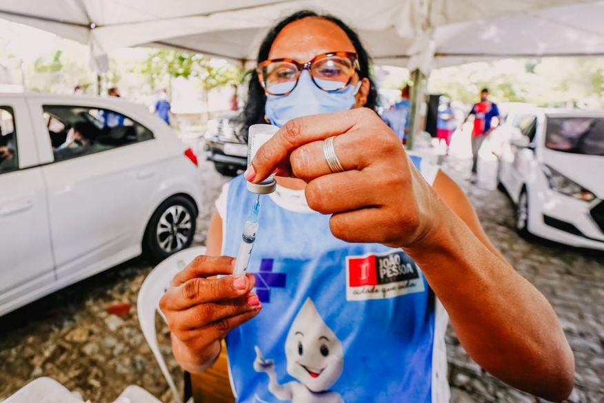 vacinacao em joao pessoa - Confira os postos de vacinação contra Covid-19 em João Pessoa neste sábado; público é a partir dos 18+