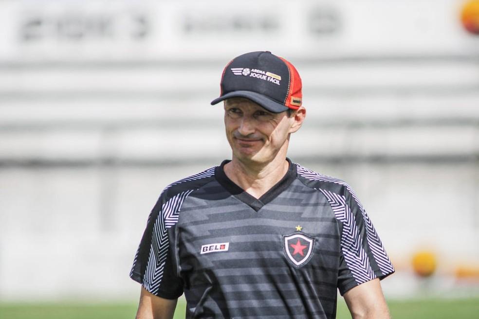 whatsapp image 2021 05 17 at 15.53.18 1  - SÉRIE B: Gerson Gusmão, atual técnico do Botafogo-PB, recebe proposta para comandar o Confiança