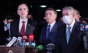 xPacheco Bolsonaro e Lira.jpg.pagespeed.ic .npkISvKNOL 300x180 - Bolsonaro vai hoje ao Congresso para entregar novo Bolsa Família e PEC dos precatórios