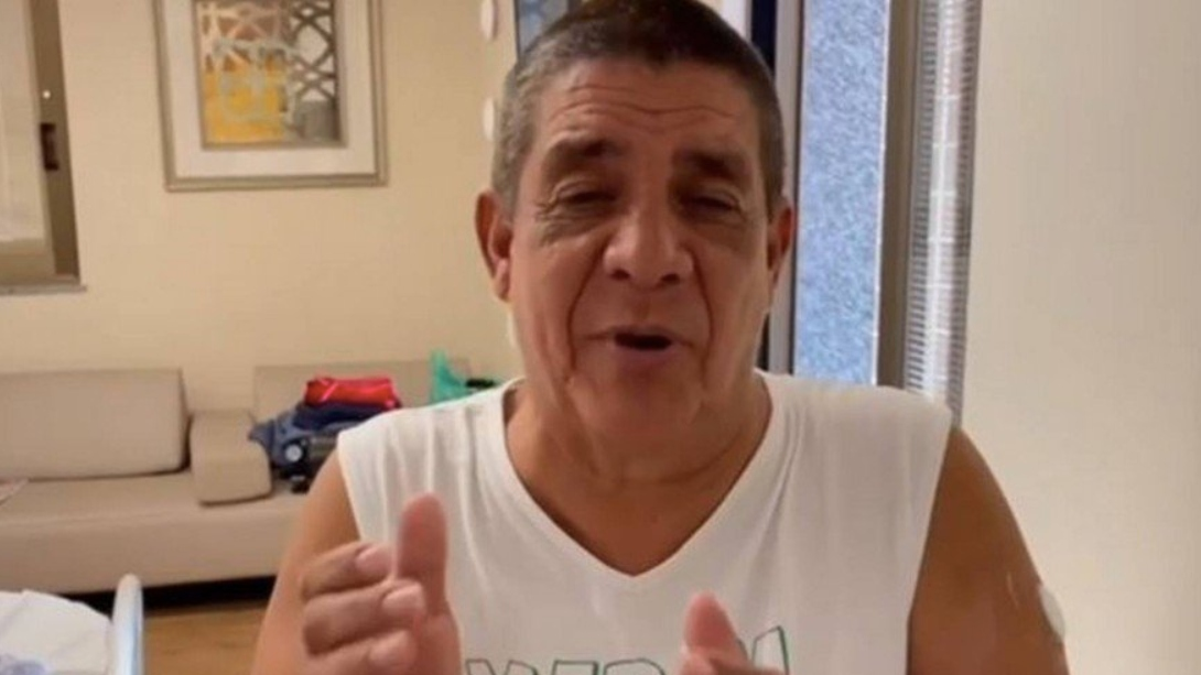 """zeca pagodinho - EM RECUPERAÇÃO: Internado com Covid-19, Zeca Pagodinho agradece o apoio e diz: """"O importante é se vacinar"""""""