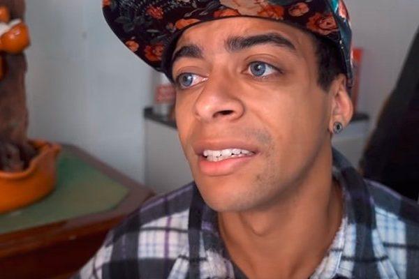 zoio2 600x400 1 - Cientistas reagem ao vídeo do youtuber que ataca vacina contra covid