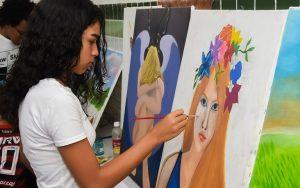 00699a12 13b2 4e57 b7a9 f14c88b9ed1c 300x188 - Prefeitura lança quatro editais da Lei Aldir Blanc realizados em parceria com artistas