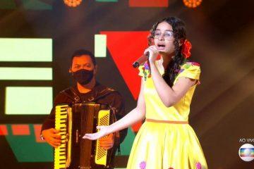 14 360x240 - Paraibana Helloysa do Pandeiro chega à rodada final do The Voice Kids, ganha contrato com a Universal Music e prêmio de R$ 250 mil