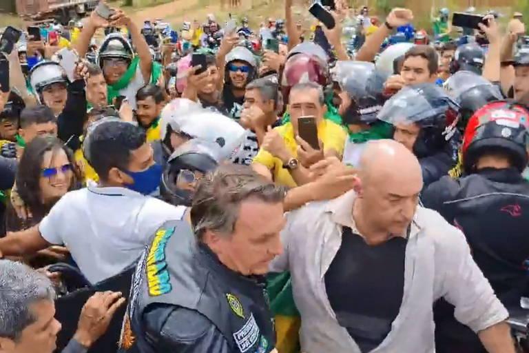 16307787456133b5798c364 1630778745 3x2 md - Em discurso a apoiadores, Bolsonaro fala sobre 'enquadrar' ministros do STF