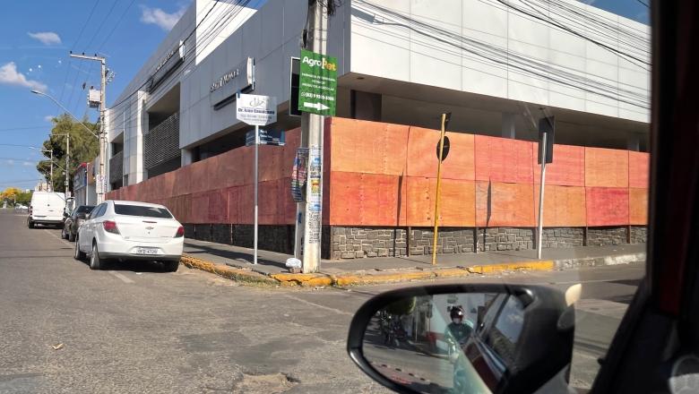 1bd6d108ad2069512503cd9a3debfa2c 780x440 - 63 ANOS DE HISTÓRIA: Ford Cavalcante & Primo fecha as portas em Cajazeiras; prédio deve receber nova agência da Caixa Econômica Federal