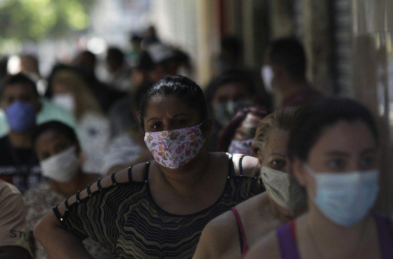 2020 05 21T212655Z 1 LYNXMPEG4K212 RTROPTP 4 HEALTH CORONAVIRUS BRAZIL 768x506 1 - Efeitos da Pandemia – quem ganha e quem perde? Por Gláucio Nóbrega