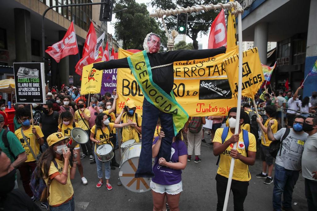 2021 09 07t125449z 1618030219 rc20lp9q3oxm rtrmadp 3 brazil politics protests - PROTESTOS PELO BRASIL: Veja imagens de atos contra Bolsonaro no 7 de Setembro
