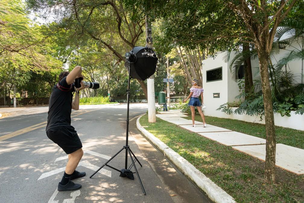 2021 mbb 9586 marcelo brandt - 70 TROCAS DE ROUPAS: Modelos de lojas usam mansões como cenário para ensaios fotográficos na rua