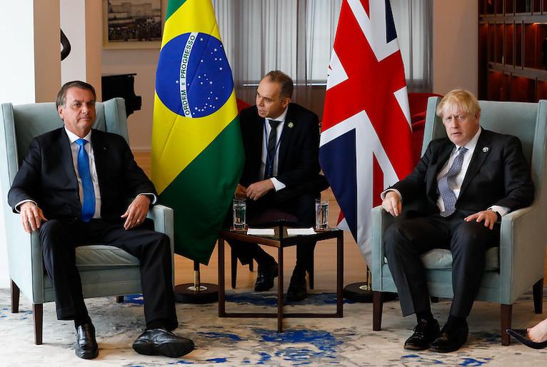 20210920172933 51495825497 b29e1d59cd c - VERGONHA: Em reunião nos EUA, Boris Johnson recomenda vacina de Oxford e Bolsonaro diz que não se vacinou - VEJA VÍDEO