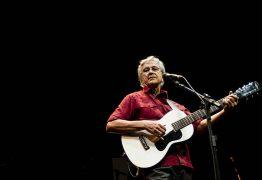 De Caetano a Safadão: cantores brasileiros aproveitam shows no exterior enquanto restrições permanecem no Brasil