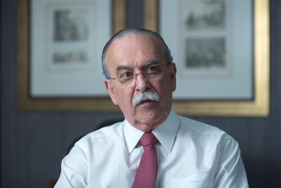 40260506.143901 - Elite econômica ensaia 'desembarque silencioso' do governo, diz ex-secretário