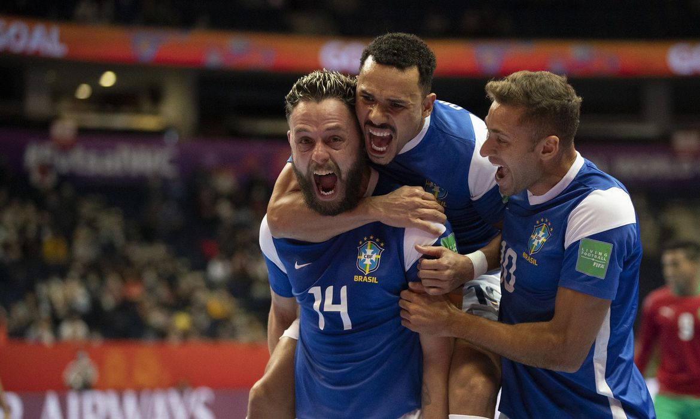 51519547713 b4a3dc4663 k - Brasil derrota o Marrocos e vai à semifinal da Copa do Mundo de futsal