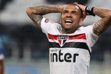 Daniel Alves pede salário milionário e Fluminense desiste de ex-São Paulo