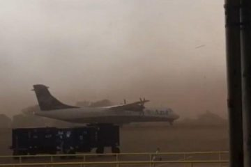 Avi o 1 360x240 - Tempestade de areia faz avião virar em pista de aeroporto de São Paulo