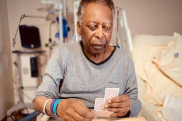 Filha de Pelé revela novo estado de saúde do pai e mostra momento em hospital; veja
