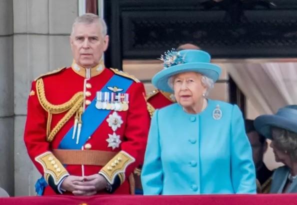 Captura de tela 2021 09 27 122945 - ESCÂNDALO DE PROSTITUIÇÃO DE LUXO: filho da rainha está endividado e corre risco de prisão