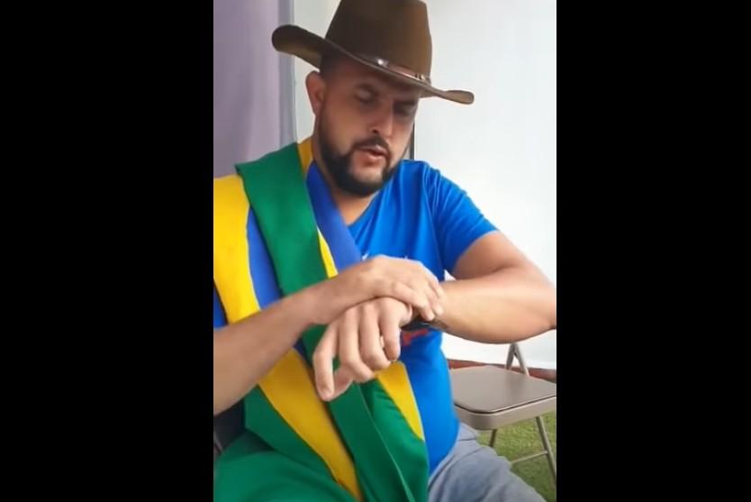 Capturar 12 - Bolsonarista 'Zé Trovão' desafia Alexandre de Moraes: 'vem me prender na Paulista' - VEJA VÍDEO