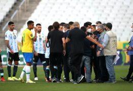 Seleção da Argentina se tranca em vestiário após jogo interrompido pela Anvisa