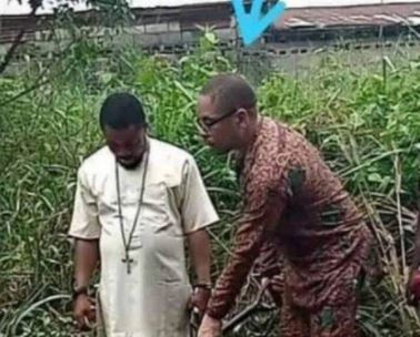 Capturar.JPGc  - Pastor é obrigado a se casar com cadáver após a noiva morrer fazendo aborto forçado por ele