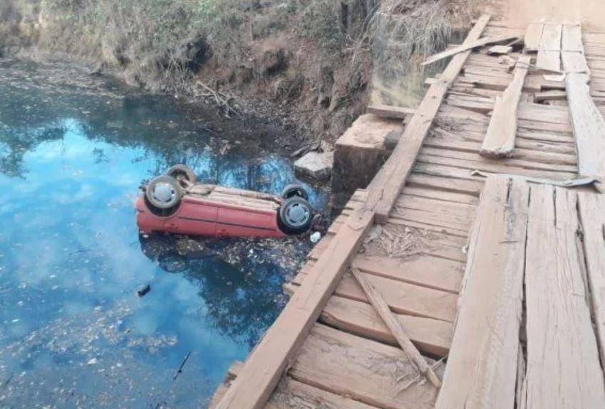 Capturar.JPGgg  - TRAGÉDIA: Seis jovens adolescentes morrem com carro submerso em lago; veículo é achado no Entorno
