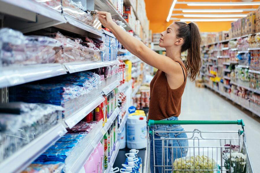 FOTO 2 - Professora de Química explica como fake news pode influenciar compras de alimentos