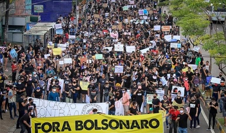 Manifestacoes contra Bolsonaro - Lula e Bolsonaro antecipam jogo da sucessão e bloqueiam terceira via
