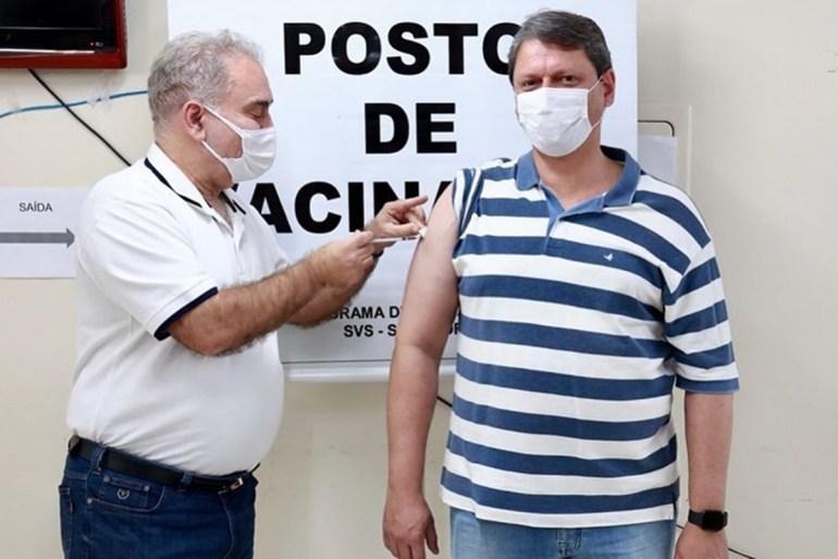 Marcelo Queiroga 2 - Queiroga caiu na armadilha de Bolsonaro ao politizar Pasta da Saúde - Por Nonato Guedes