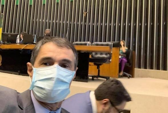 ROMERO RODRIGUES 2 - Romero vai a Brasília para evento do PSD e 'mata saudade da Câmara'