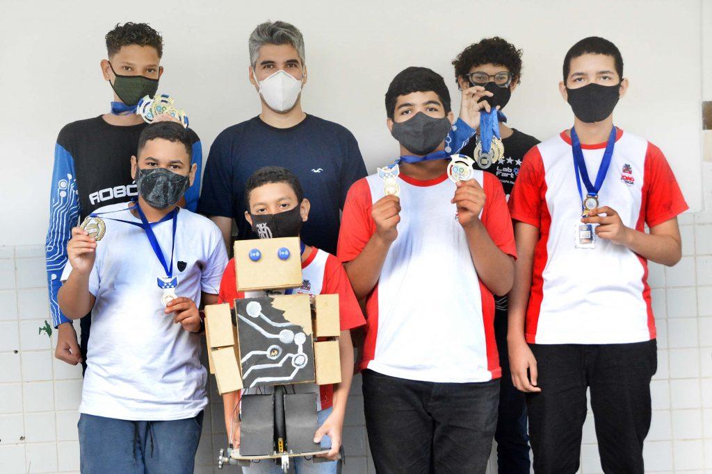 SEDEC ESPECIAL ROBOTICA FOTO KLEIDE TEIXEIRA 01 1024x683 1 - Ensino de Robótica nas escolas municipais de João Pessoa tem papel transformador na vida de alunos