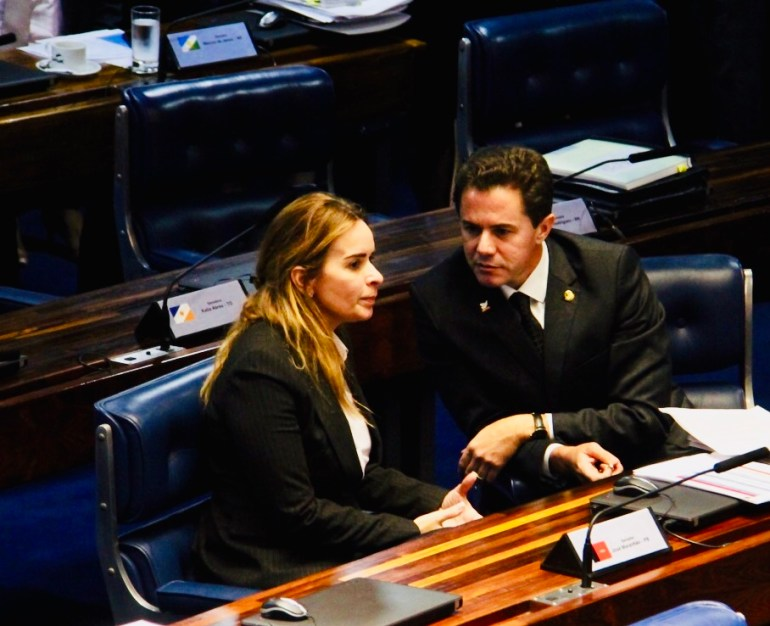 Veneziano Daniela 1 - Senadores paraibanos relutam em concorrer à eleição ao governo