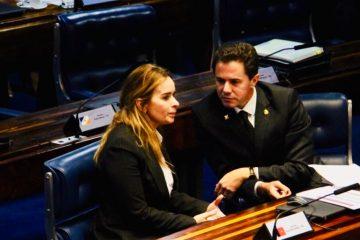 Veneziano Daniela 360x240 - Senadores paraibanos relutam em concorrer à eleição ao governo