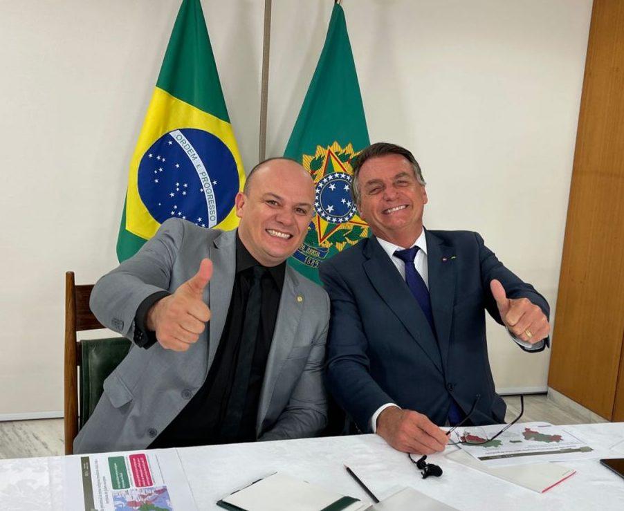 WhatsApp Image 2021 09 02 at 21.04.50 scaled e1630628357845 - Cabo Gilberto viaja a Brasília e tem agenda com Bolsonaro no Palácio do Planalto