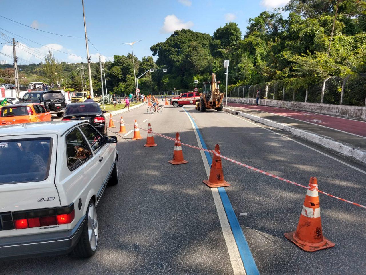 WhatsApp Image 2021 09 03 at 14.12.14 scaled - Confira momento em que cratera se abre na Pedro II; via ficará interditada para recuperação - VEJA VÍDEO