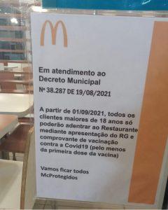 WhatsApp Image 2021 09 04 at 14.28.40 240x300 - McDonalds coloca aviso em loja e exige comprovante de vacinação a clientes; internautas se dividem