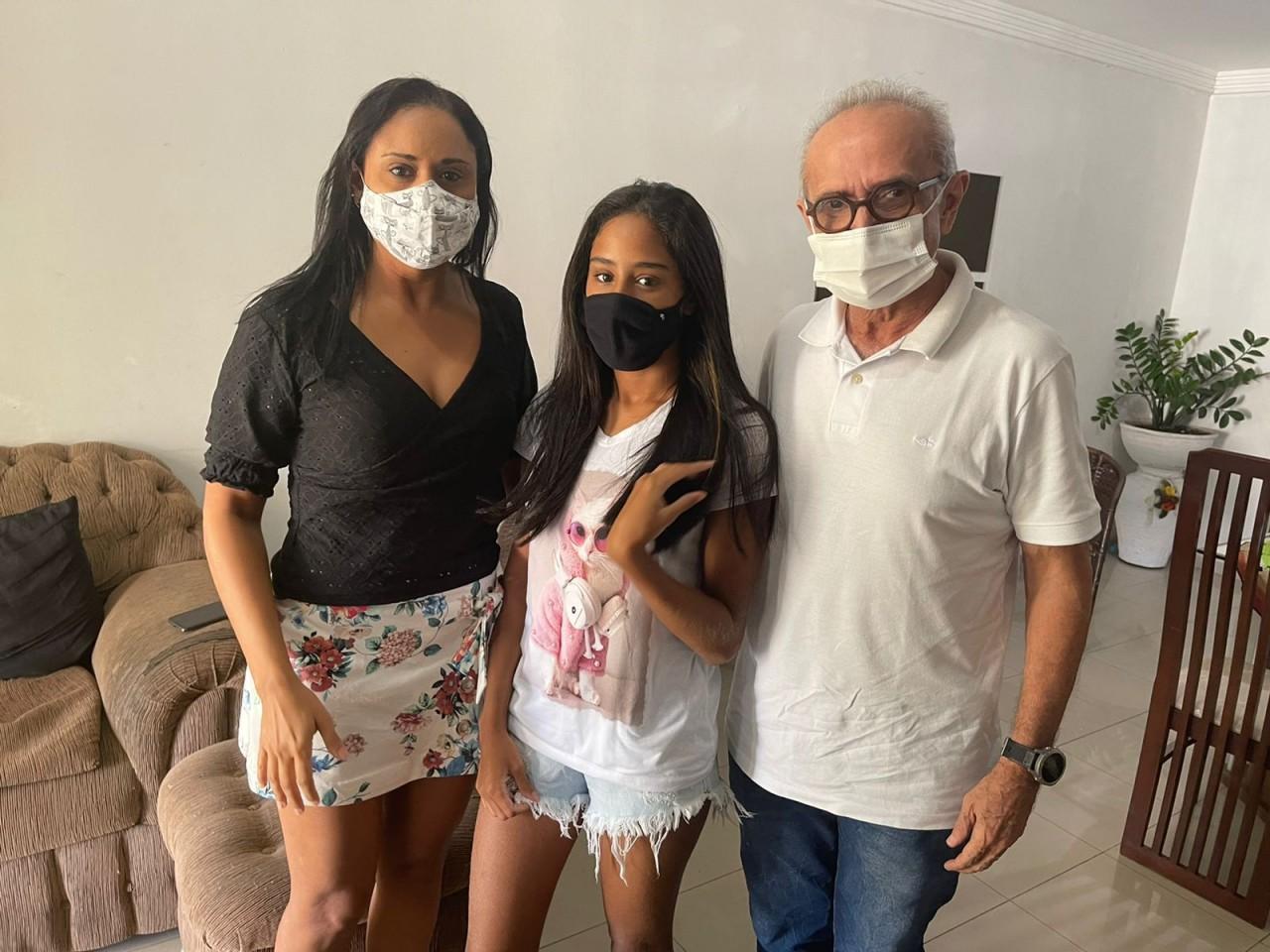 WhatsApp Image 2021 09 06 at 10.53.20 - Cícero Lucena visita família de estudante vítima de incidente na Av. Pedro II e coloca à disposição estrutura de saúde municipal