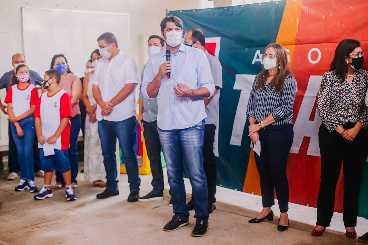 WhatsApp Image 2021 09 16 at 10.26.45 - Leo Bezerra assina ordem de serviço para reforma da Escola Analice Gonçalves de Carvalho