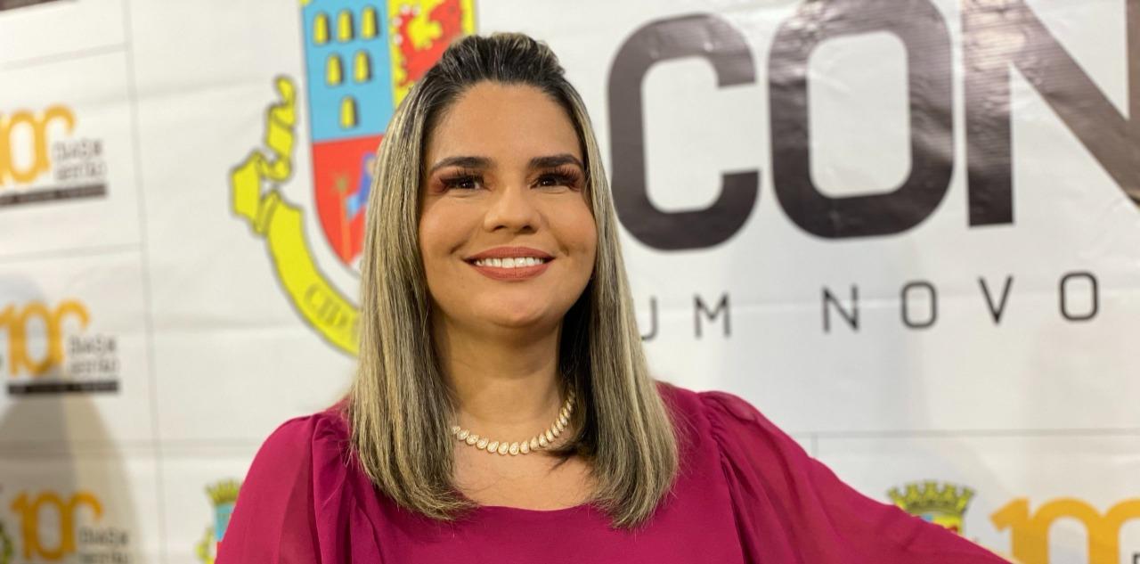 WhatsApp Image 2021 09 28 at 09.27.37 - Karla Pimentel assina ordem de serviço da escola Noêmia Alves nesta quarta