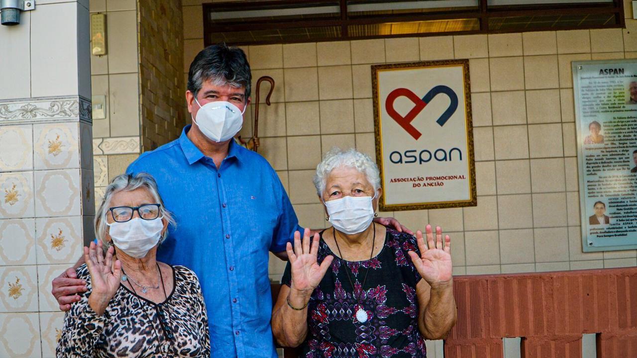 WhatsApp Image 2021 09 28 at 17.33.30 - Emendas destinadas por Ruy Carneiro beneficiam milhares de idosos paraibanos