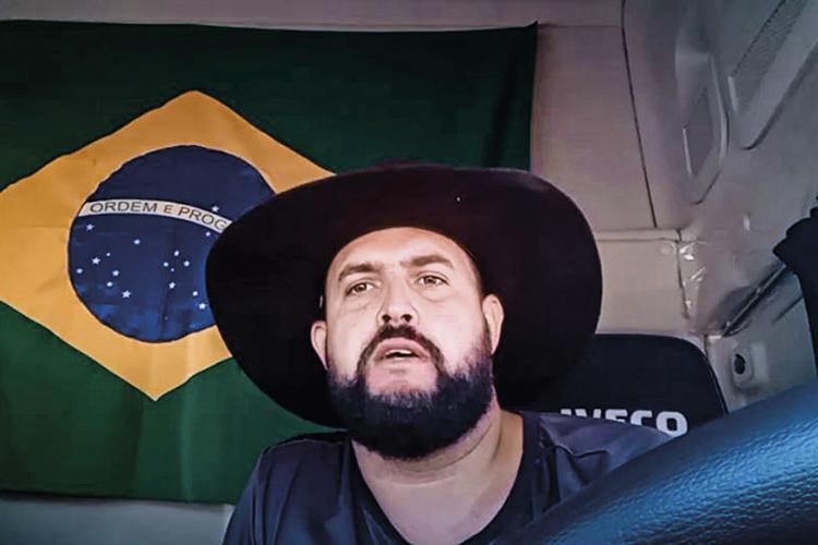 ZE TROCAO CAMINHONEIRO RADICAL JOINVILLE SC 2021 55.jpg - FORAGIDO: caminhoneiro 'Zé Trovão' pode ter deixado o Brasil