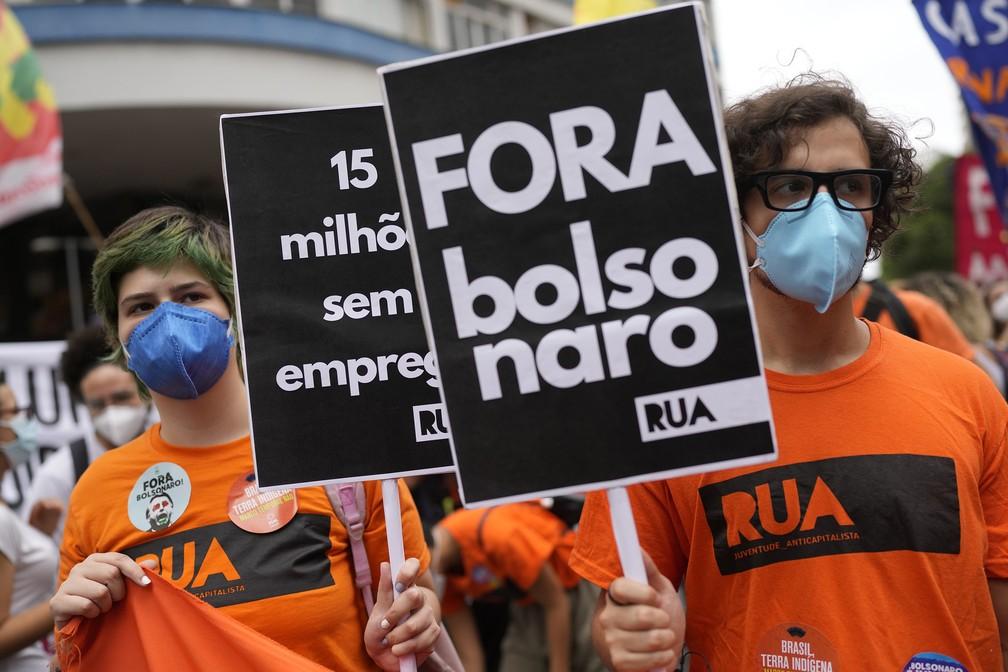 ap21250478045449 b - PROTESTOS PELO BRASIL: Veja imagens de atos contra Bolsonaro no 7 de Setembro