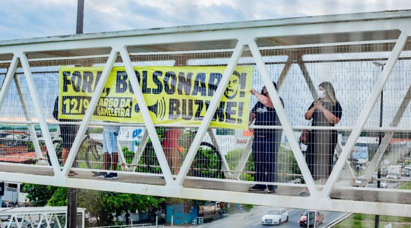 ato contra bolsonaro do mdbl - Tachados de 'golpistas' por impeachment de Dilma, MBL e VPR apelam por apoio da esquerda contra Bolsonaro