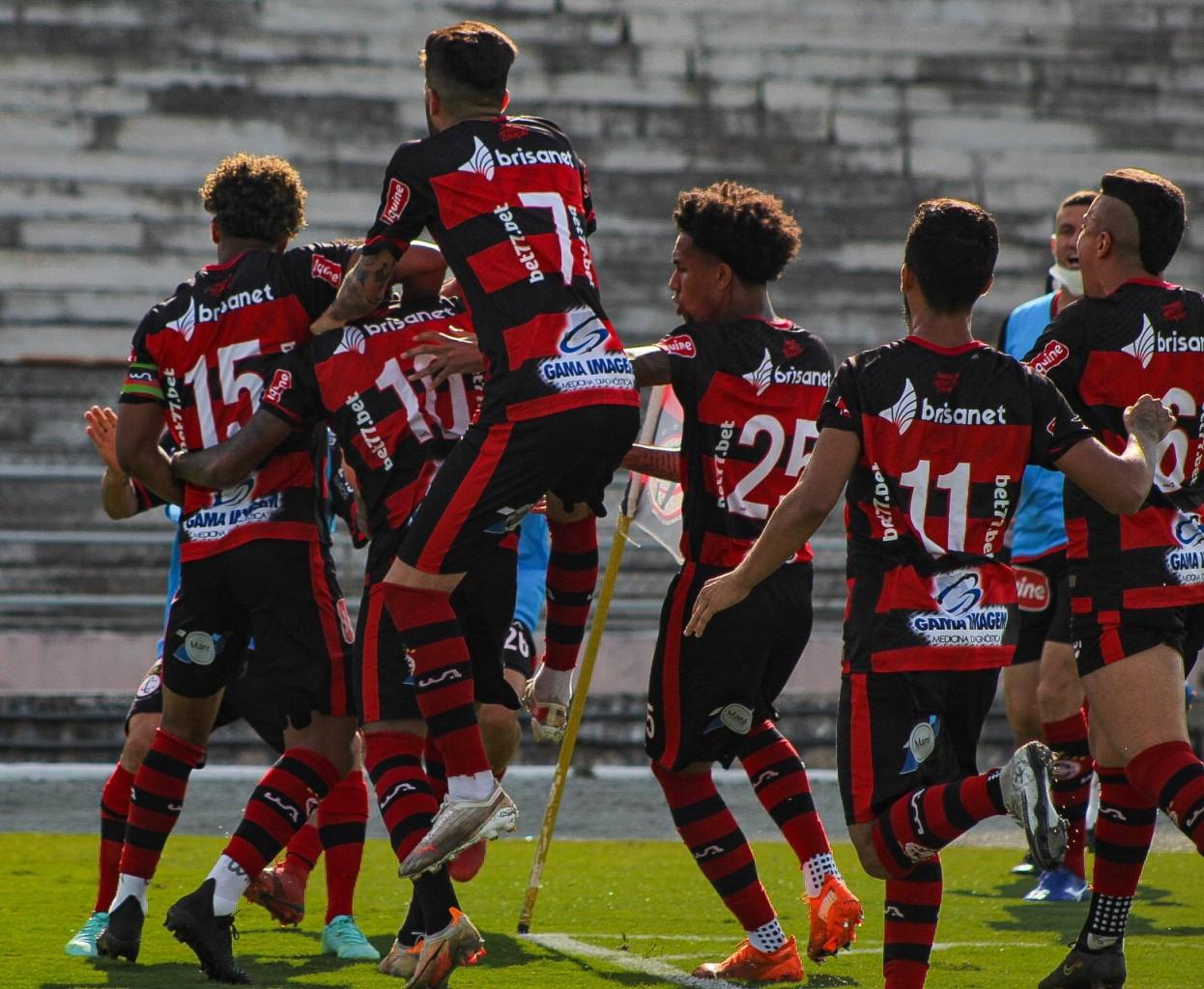 campinense - Nos pênaltis, Campinense vence Sergipe e se classifica para oitavas de final da Série D